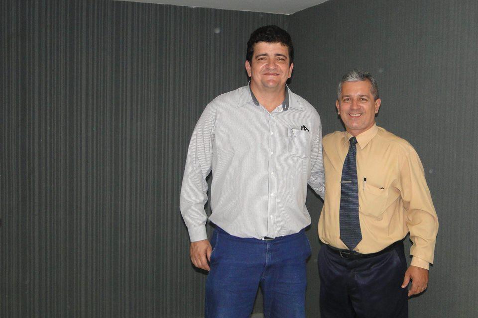 Francisco José (palestrante) e Luciano Chaves (organizador do evento).