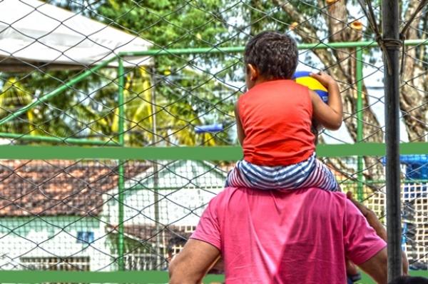 Profissionais de várias áreas da Saúde contam experiência de ser pai e conciliar o trabalho com rotina árdua do ofício de salvar vidas. Carla Cleto