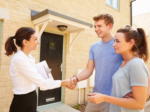 Algumas das vantagens de começar a construir uma casa do zero é que o imóvel será projetado de acordo com as necessidades da família.