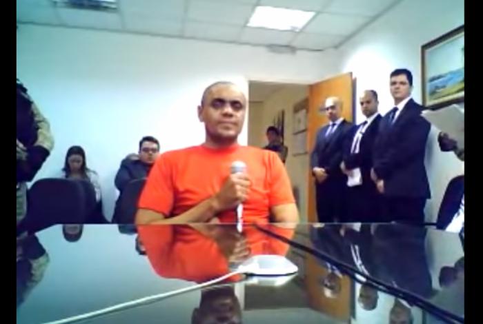 Resultado de imagem para Juiz autoriza laudo de sanidade mental sobre agressor de Bolsonaro