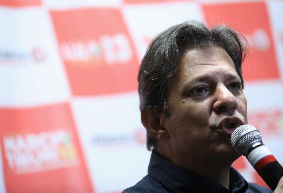 """a527a0d99 Candidato a vice-presidente na chapa presidencial petista, Fernando Haddad  disse na noite de quinta-feira que o PT não irá fazer uma nova """"Carta aos  ..."""
