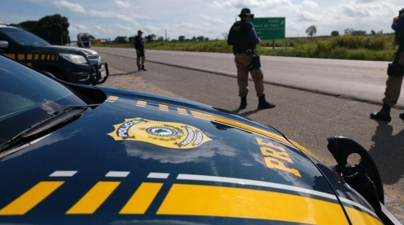 Sete pessoas são presas durante fiscalização da PRF em Alagoas.